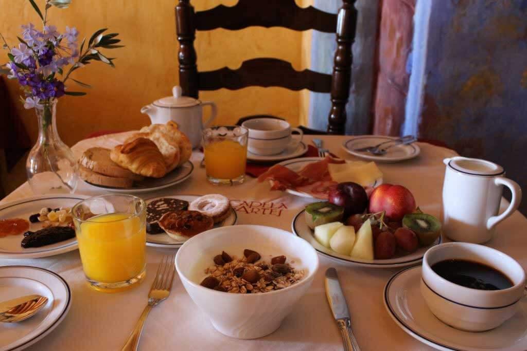 Services : Petit déjeuner restaurant