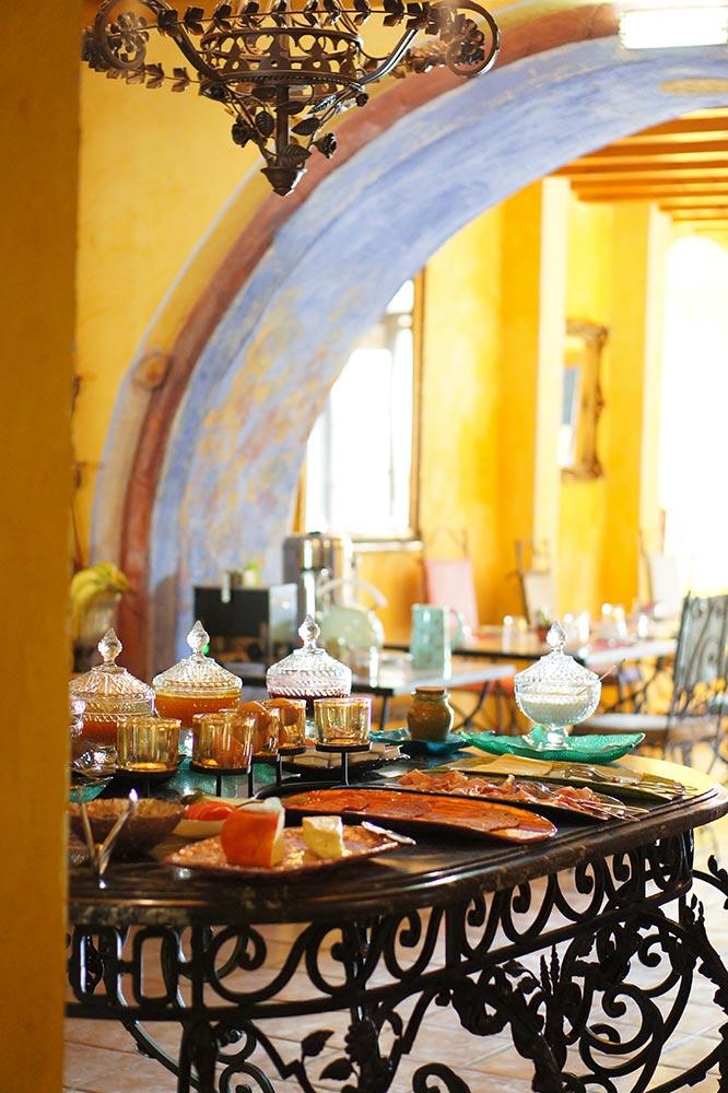 Breakfast buffet tables
